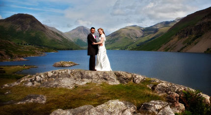 Heather & John – Wasdale Head – Westlakes Hotel - image