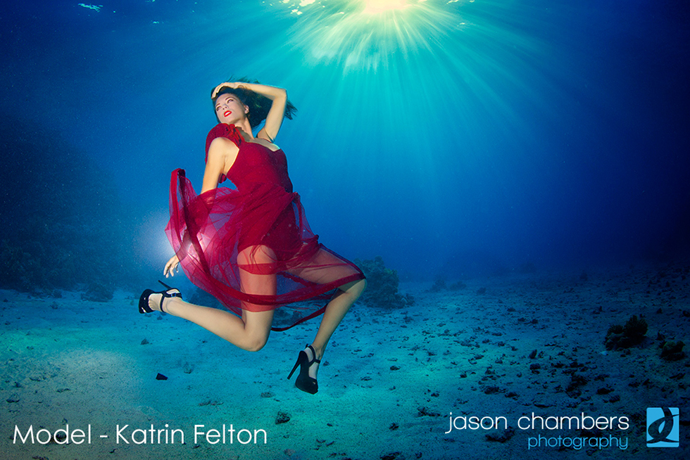 June 2014 - Underwater Fashion Photography