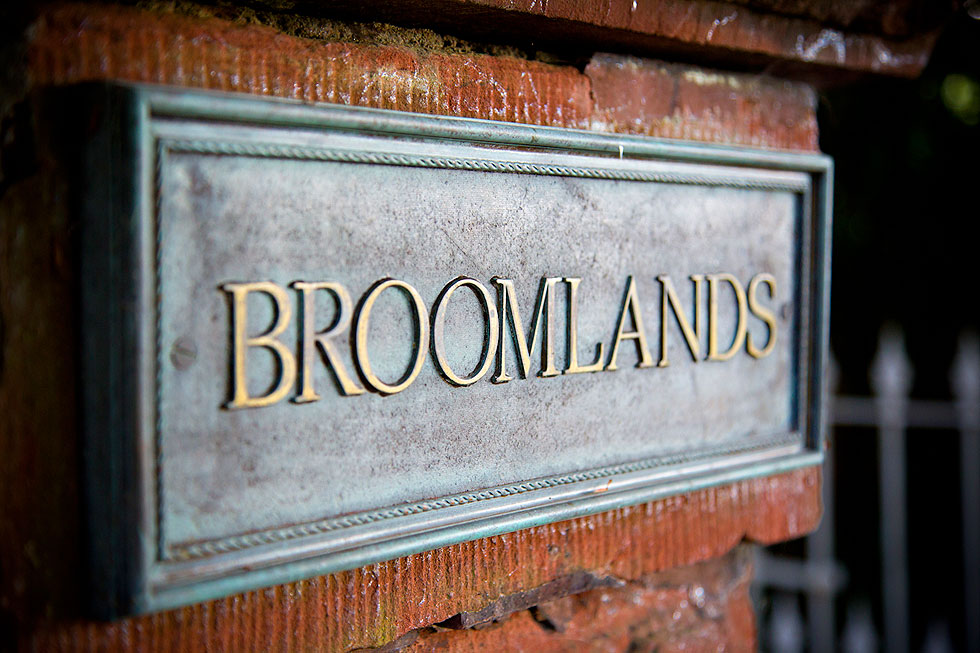 broomlands sign