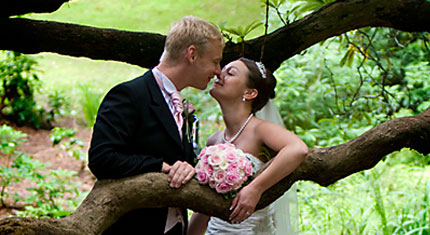 John & Louise – St . Martins Church – Bowness on Windermere – Briery Wood Hotel - image